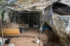 Gisement préhistorique de la Ferrassie - Deutsch: Die Grotte de la Ferrassie bei Le Bugue in Frankreich.