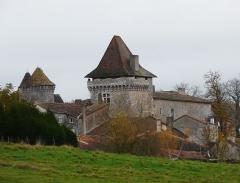 Château - Français:   Le château de Varaignes, Dordogne, France