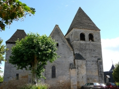 Eglise Saint-Martin - Français:   Vitrac - Eglise Saint-Martin - Flanc nord de l\'église