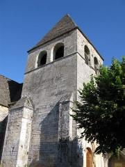 Eglise Saint-Martin -  L'église de Vitrac, vue de côté