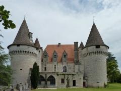 Domaine du Château de Bridoire - Français:   Domaine du château de Bridoire, village de Ribagnac, département de la Dordogne - Façade ouest