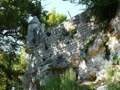 Domaine du Château de Bridoire - Français:   Une échauguette de l\'enceinte du château de Bridoire, Ribagnac, Dordogne, France