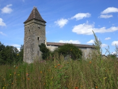 Ancienne église abbatiale Saint-Maurice, actuelle église Saint-Nicolas - Deutsch: eckiger Wehrturm, Abtei St Maurice de Blasimon, Aquitanien