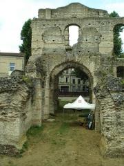 Restes de l'amphithéatre dit Palais Gallien - English: Bordeaux - July 2012