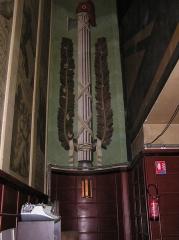 Bourse du Travail - Français:   Bordeaux Bourse du Travail art déco fresque de la salle Ambroise Croizat représentant le faisceau du licteur