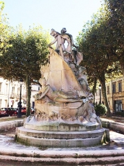 Fontaine Amédée-Larrieu - English: Fountain