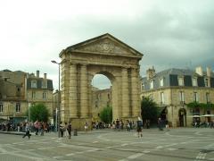 Porte d'Aquitaine - English: Bordeaux - July 2012