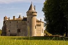 Domaine connu sous le nom de Domaine de Montesquieu ou château de La Brède - Deutsch: Schloss La Brède, Ansicht von Westen