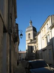 Eglise paroissiale Saint-Seurin -  Rions.