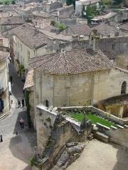 Ermitage ou Chapelle de la Trinité - Français:   Église monolithe de Saint-Émilion, Aquitaine, France