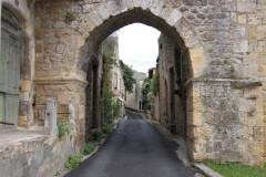Enceinte fortifiée de la Ville - Français:   Rue Amiral Courbet, Saint-Macaire, Gironde