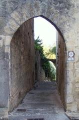 Enceinte fortifiée de la Ville - Français:   Poterne de Corne à Saint-Macaire (Gironde, France)