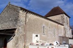 Eglise de Saint-Romain de Vignague - Français:   Église de Saint-Romain-de-Vignagne à Sauveterre-de-Guyenne (Gironde, France)