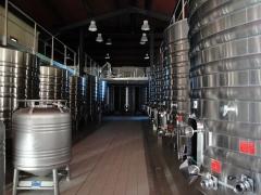Château La Louvière - English: Temperature-controlled steel tanks in the winery of Château La Louvière