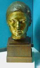 Ancien Donjon de Lacataye - English:   Bust of Jane Poupelet, by Lucien Schnegg