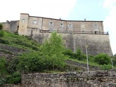 Château de Blanquefort - Français:   Château de Blanquefort-sur-Briolance - Façade est