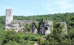 Ancien château - Français:   Château de Gavaudun