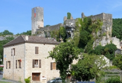 Ancien château - Français:   Gavaudun - Château
