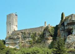 Ancien château - Français:   Gavaudun - Château - côté ouest