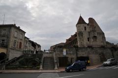 Ancien château de Henri IV - English: Nerac Lot et Garonne France