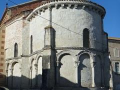Eglise Sainte-Livrade - Français:   Sainte-Livrade-sur-Lot - Église Sainte-Livrade - Chevet - Abside