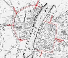 Tours de Pujols et de Paris - Français:   Plan de Villeneuve-sur-Lot en 1871. En rouge, l\'enceinte de la ville et les 7 portes.