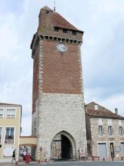 Tours de Pujols et de Paris - Français:   Villeneuve-sur-Lot - Porte de Pujols - Côté extérieur