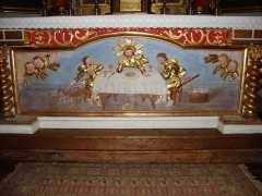 Eglise Saint-Martin - English: Ahetze (Pyr-Atl, Fr) Altar in church Saint-Martin showing two pelerins of St.James receiving the Holy Communion from Christ.
