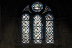 Eglise Saint-Esprit - Deutsch: Katholische Kirche Saint-Esprit in Bayonne im Département Pyrénées-Atlantiques (Region Nouvelle-Aquitaine/Frankreich), Bleiglasfenster