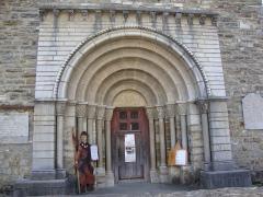 Eglise Saint-Blaise -  L'Hôpital-Saint-Blaise (Pyr-Atl, Fr)portail
