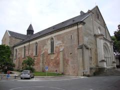 Eglise de l'Assomption, ancienne cathédrale - English: Lescar (Pyr-Atl, Fr) Cathédrale coté porche
