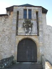 Vieux Château de Mauléon - English: The entrance of the castle of Mauléon-Licharre, (Pyrénées-Atlantiques, France).