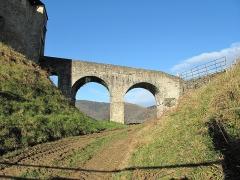 Vieux Château de Mauléon - English: The access bridge to the castle of Mauléon-Licharre, (Pyrénées-Atlantiques, France).