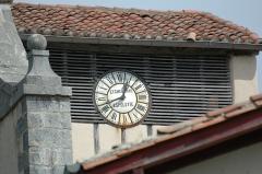 Eglise Saint-Cyprien -  Mendionde, Pyrénées Atlantiques, France, quartier Lekorne, église du XVième siècle, horloge provenant d'Espelette