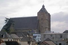 Eglise Saint-Girons -  La glèisa de Monenh dab lo son tèit deu hustatge en forma de