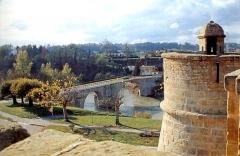 Enceinte bastionnée -  Navarrenx, le pont sur le gave d'Oloron