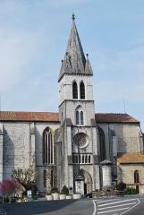 Eglise Saint-Pierre - Français:   Eglise d\'Orthez (Pyrénées-Atlantiques).