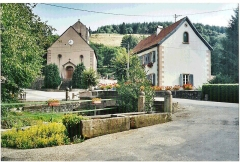Eglise protestante de Fouday - Français:   Eglise et mairie de Fouday, dans le Bas-Rhin