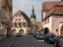Hôtel de ville -  Alsace, Bas-Rhin, Benfeld, rue Clemenceau.
