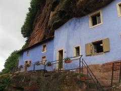 Maisons troglodytiques de Graufthal : les éléments bâtis -  Parc naturel régional des Vosges du Nord