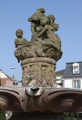 Fontaine aux Abeilles - Deutsch: Hagenau
