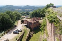 Forteresse - Deutsch: Burg Lichtenberg im Elsass, Blick auf das Wchhaus, heutige Museumskasse.