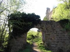 Ruines du château Guirbaden -  château de Guirbaden