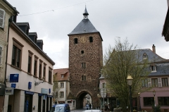 Tour des Forgerons - English: Porte des Forgerons (Smiths' Gate) in Molsheim, Alsace, France
