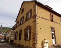 Synagogue -  Alsace, Bas-Rhin, Mutzig, Ancienne école israélite située à côté de la synagogue (XIXe-fermeture en 1922), 6 rue Haute.