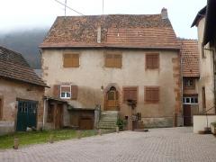 Puits - Français:   Maisons inscrites Monument historique, 8 impasse Léopold, Neuwiller-lès-Saverne