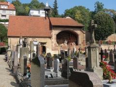 Cimetière - English: Churchyard of Saints-Pierre-et-Paul-Church in Obernai, France