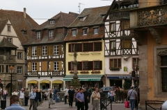 Immeuble - English: Place du Marché in Obernai, France