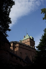 Château du Haut-Koenigsbourg (ou Hohenkoenigsbourg) - This building is indexed in the Base Mérimée, a database of architectural heritage maintained by the French Ministry of Culture, under the reference PA00084875 .