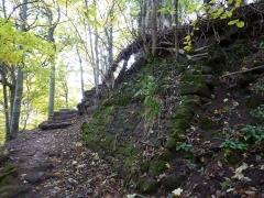 Ruines du château Ochsenstein - English: Current entrance of the castle of Grand Ochsenstein, Bas-Rhin, France.